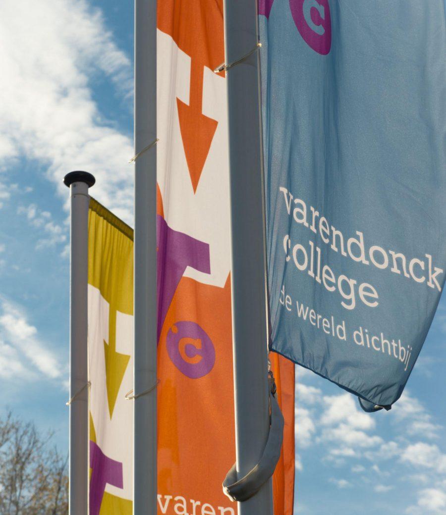Vlaggen Varendonck College kopie